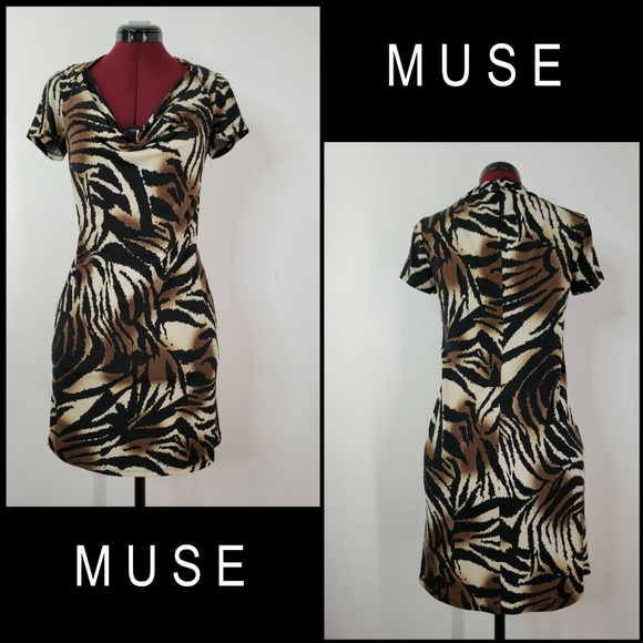 Muse Dresses & Skirts - Muse Woman Stretch Short Sleeve Dress Size 8 Brown